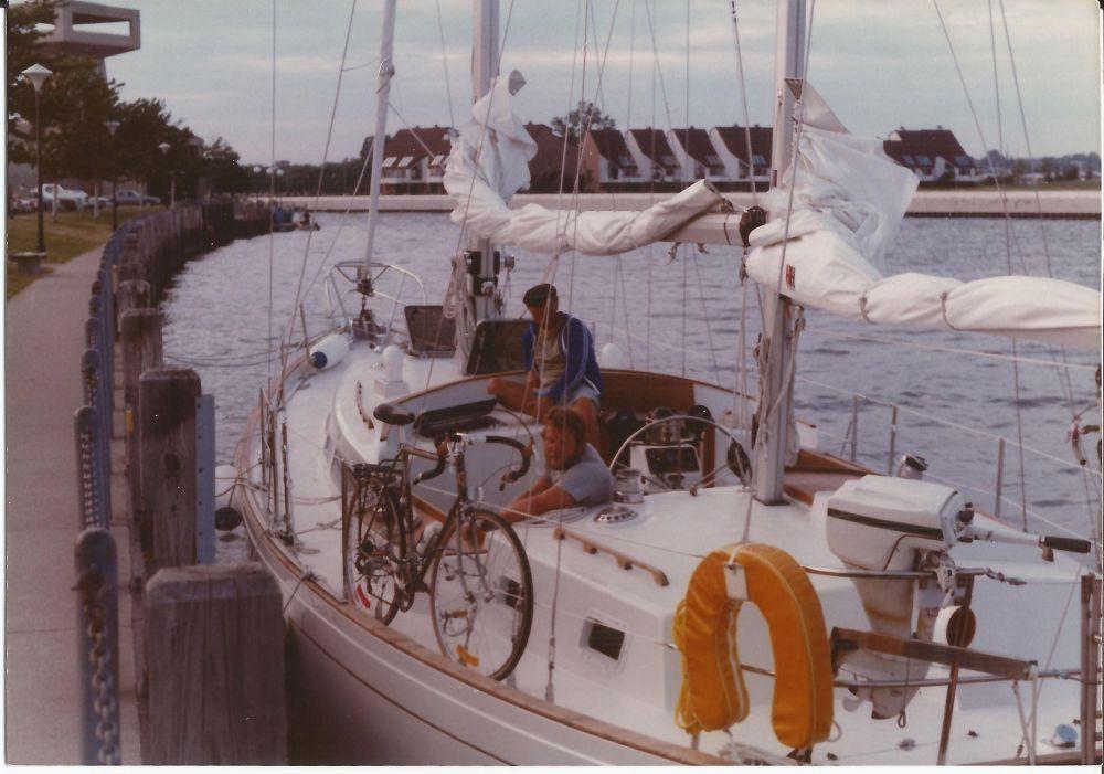 sailboat3a.jpg